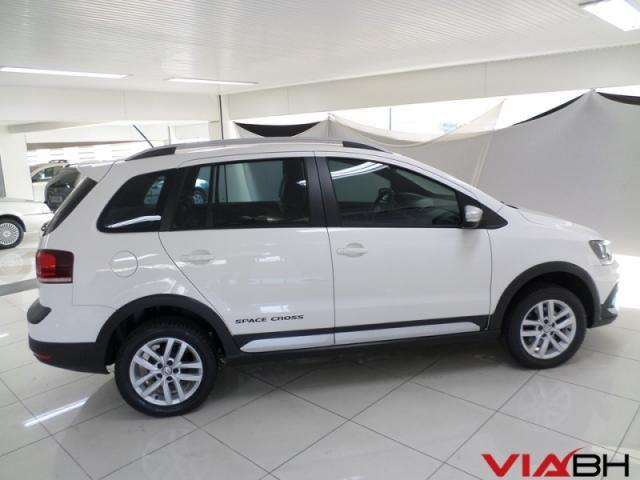 VOLKSWAGEN  SPACE CROSS 1.6 MSI 16V 2015 - Foto 13