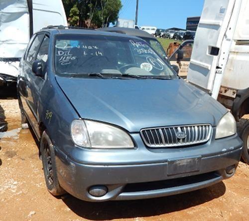 Sucata Kia Carens 1.8 16V Automático LS 2001 Para Retirada de Peças - Foto 2