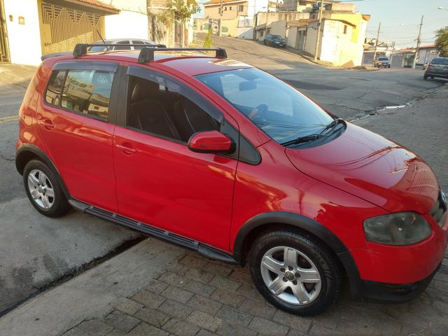 FOX 1.0 CROSS SUNRISE FLEX ( ANO 2010 ) * Completo - Ar condicionado