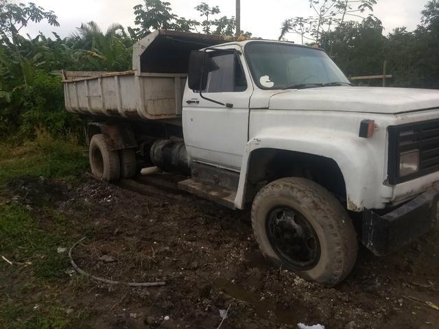 Vende esse caminhão basculante - Foto 4