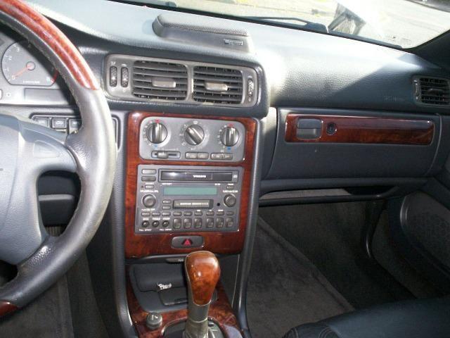 Volvo C70 2.3 Turbo automático. Coupé lindo e raro! Espetacular! - Foto 11