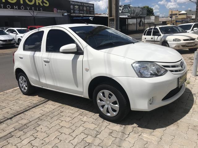 Toyota Etios 1.3 HB X - Foto 9