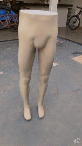 Manequim masculino meio corpo 80,00