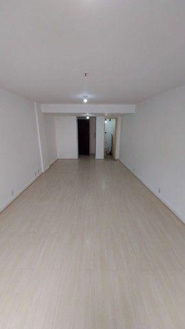 Sala/escritório/atelier comercial Centro da Cidade -33m2 metrô Uruguaiana