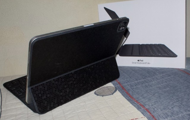 Smart Keyboard Folio para Ipad Pro de 11'' - Foto 2