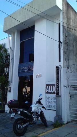 Prédio Comercial com 06 salas na Avenida Tomás Espíndola, Farol - Foto 13