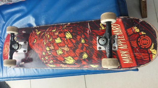 Skateboard Profissional Element Seminovo