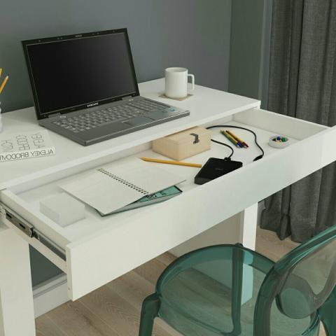 Mesa para computador Cléo