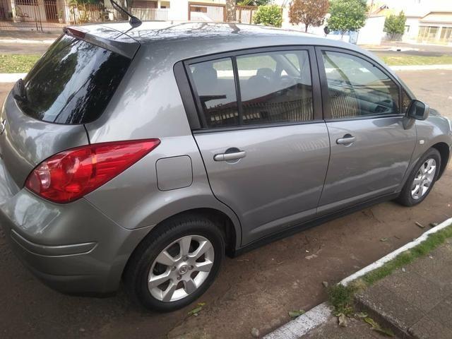 Nissan Tiida Hatch - Foto 2
