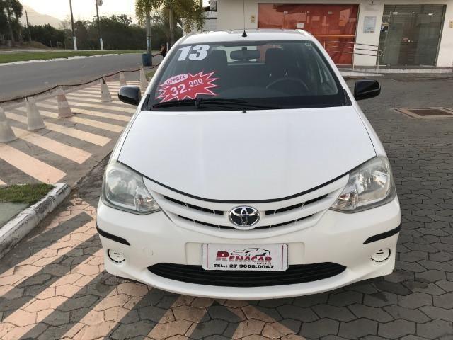 Toyota etios 1.3 xs 2013 unico dono - Foto 3