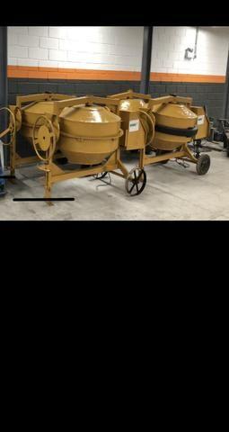 Betoneira revisada 110/220 400 litros