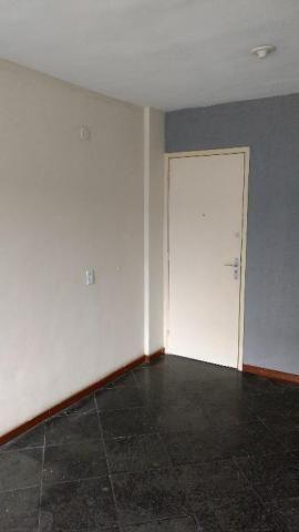 Apartamento com 2 dormitórios para alugar, 52 m² por r$ 500,00 - sete pontes - são gonçalo - Foto 3