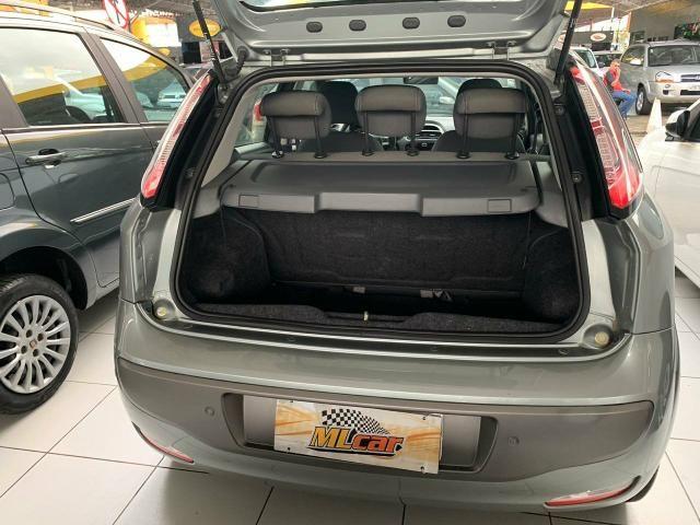 Punto dualogic 2014 carro com apenas 32 mil km rodado único dono todo revisado ao Extra - Foto 3