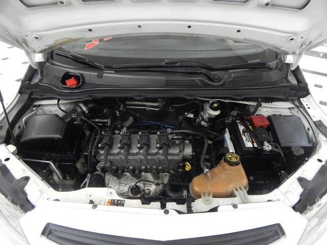 Chevrolet Onix 1.0 Mpfi Joy 8v Flex 4p Completo Impecável - Foto 6