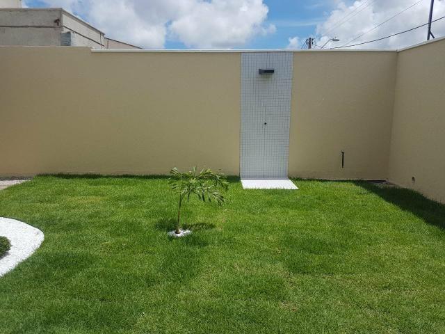 Excelente casa localizada a 200 m da Washington Soares - Foto 4