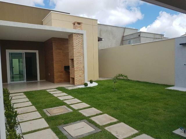 Excelente casa localizada a 200 m da Washington Soares