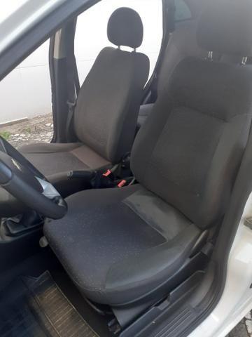 Chevrolet Corsa Sedan Premium 1.4 FLEX/GNV 2009 Completo Novo Pouco Uso - Foto 17