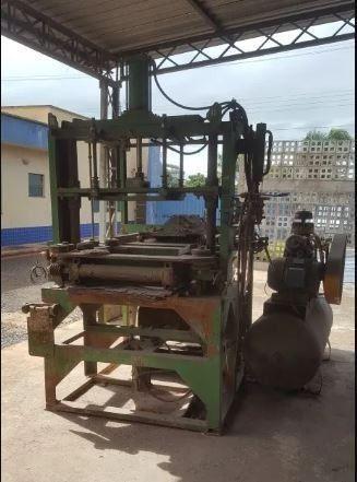 Maquina Fabrica De Blocos E Canaleta De Concreto Completa