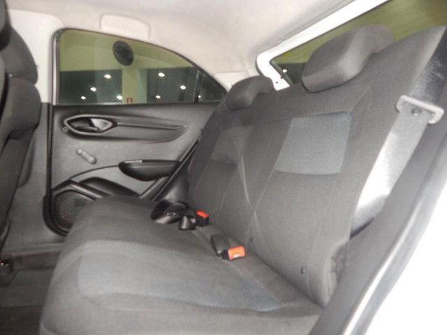 Chevrolet Onix 1.0 Mpfi Joy 8v Flex 4p Completo Impecável - Foto 15