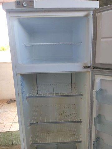 Vendo geladeira duplex - Foto 3