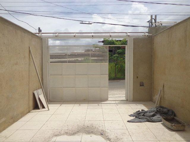Linda casa de 2/4 com quintal e 2 vagas por R$ 269.000 em Jardim dos Alfineiros - Foto 4
