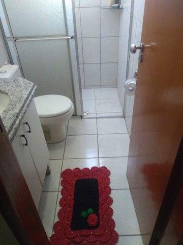 Vende-se Sobrado Geminado em Condominio Fechado na regiao Central de Goiania. - Foto 6