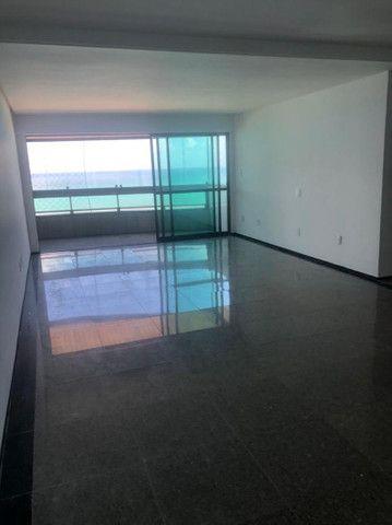Alugo apartamento 4/4 por R$10.700,00 - Foto 2