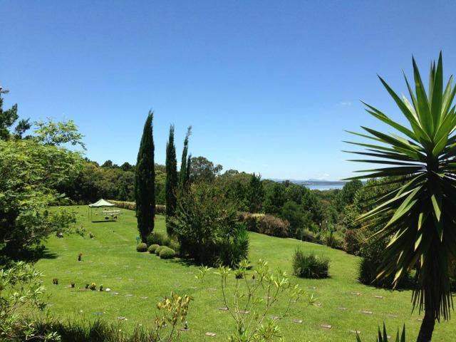 Vendo um Jazigo Cemitério Parque Memorial Graciosa