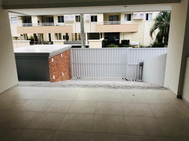 Apartamento com 4 vagas de garagem - 80 metros da praia - Foto 5