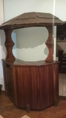 Bar de madeira excelente