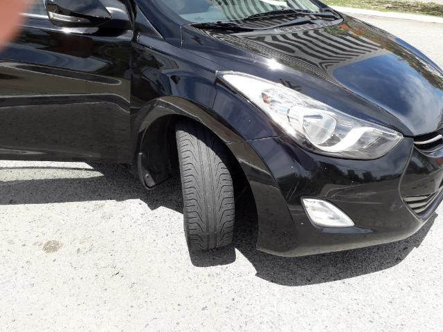 Hyundai Elantra - Foto 8
