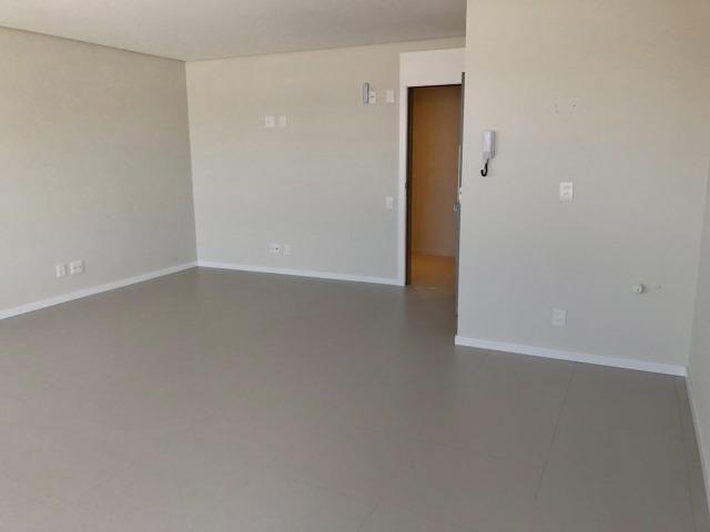 Ampla sala comercial nova com garagem para alugar em Campinas São José - Foto 3