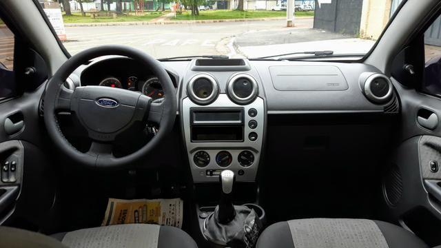 Ford Fiesta Sedan 1.6 2012/12 Prata Completo - Foto 6