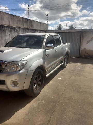 Toyota Hilux vendo e troca em carro de menor valor carro comprador zero único dono - Foto 7