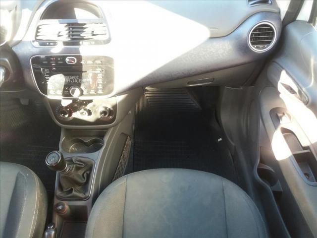 FIAT PUNTO 1.4 ATTRACTIVE 8V FLEX 4P MANUAL - Foto 6