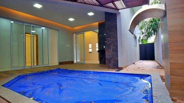 Casa 3 Suítes + Escritório, 183 m² c/ lazer no Condomínio Mirante do Lago