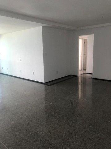 Alugo apartamento 4/4 por R$10.700,00 - Foto 3