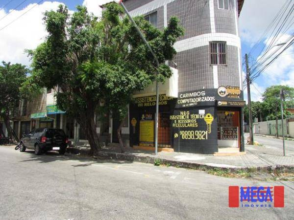Apartamento com 2 quartos para alugar, próximo à Av. Treze de Maio - Foto 5