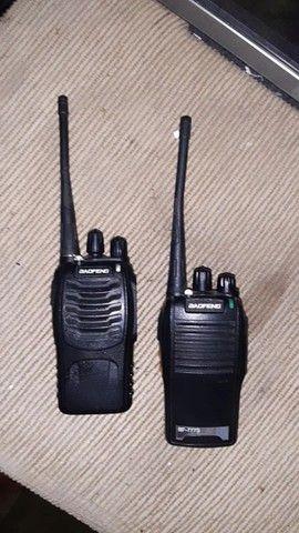 Rádio comunicador Walk talk baofeng Bf- 777s Alcance 12km + Fone  - Foto 2