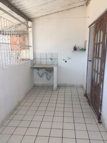 Vende se um prédio com 3 casas na Imbiribeira  - Foto 7