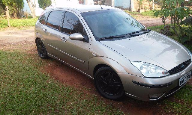 Ford Focus hatch2.0 16 v Duratec ST