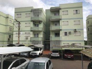 Apartamento próx. a UFMS, Centro, terminal urbano