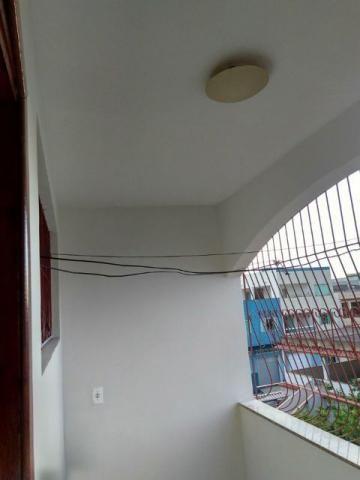 Apartamento em Morada de Santa Fé com 3 quartos sendo 2 suítes