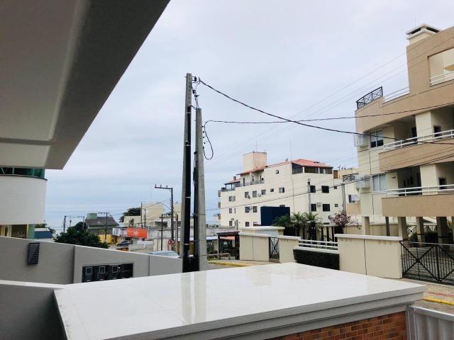 Apartamento com 4 vagas de garagem - 80 metros da praia - Foto 9