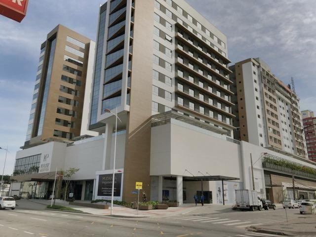 Ampla sala comercial nova com garagem para alugar em Campinas São José