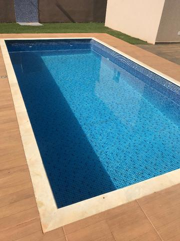 Aluguel de casa com piscina, condomínio fechado, área de lazer, lago e casa nunca habitada - Foto 13