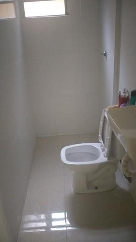 Troco urgente apartamento 3 quartos por casa - Foto 4