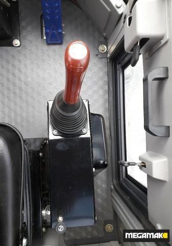 Pá Carregadeira 1800kg C/Ar Condicionado, 0km - Pronta Entrega - Foto 3