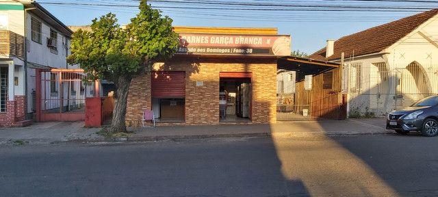 Sala comercial com casa de alvenaria ao fundos. Av. Borges de Medeiros, 960. - Foto 16