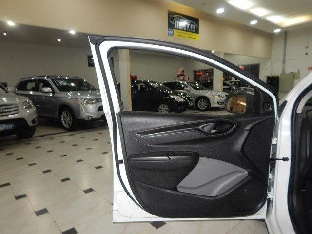 Chevrolet Onix 1.0 Mpfi Joy 8v Flex 4p Completo Impecável - Foto 16